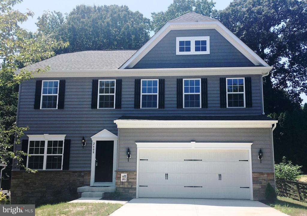 "Gemcraft Homes Quick Delivery ready for a fall delivery!  This fabulous home features 4 bedrooms, 2 1/2 baths, 2 car garage.  Kitchen has 42"" cabinets, granite counter tops, sun-room, large family room with fireplace, large master suite with a deluxe bath, 2nd floor laundry room and more!  Close to I-95, beltway, Rt. 1, shopping and recreation.  Taxes are estimated and photo's are of a like model."
