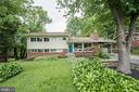 6718 Old Chesterbrook Rd