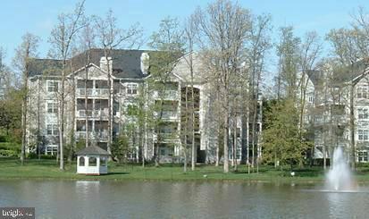 1712 Lake Shore Crest Dr #15