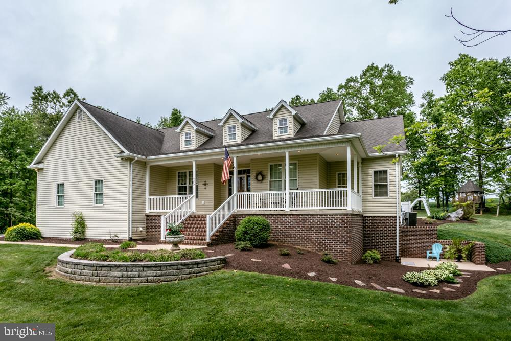 425 MIDDLE BROOK LANE, QUICKSBURG, VA 22847