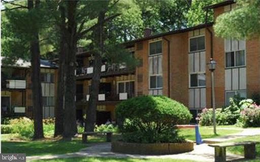 10167 Mosby Woods Dr #310 Fairfax VA 22030