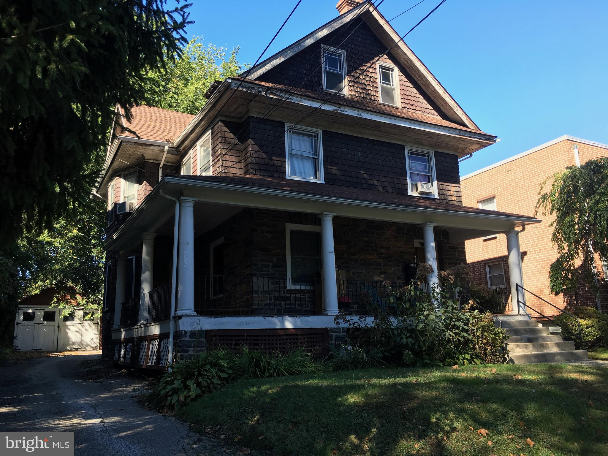 12 S LINDEN AVENUE, UPPER DARBY, PA 19082