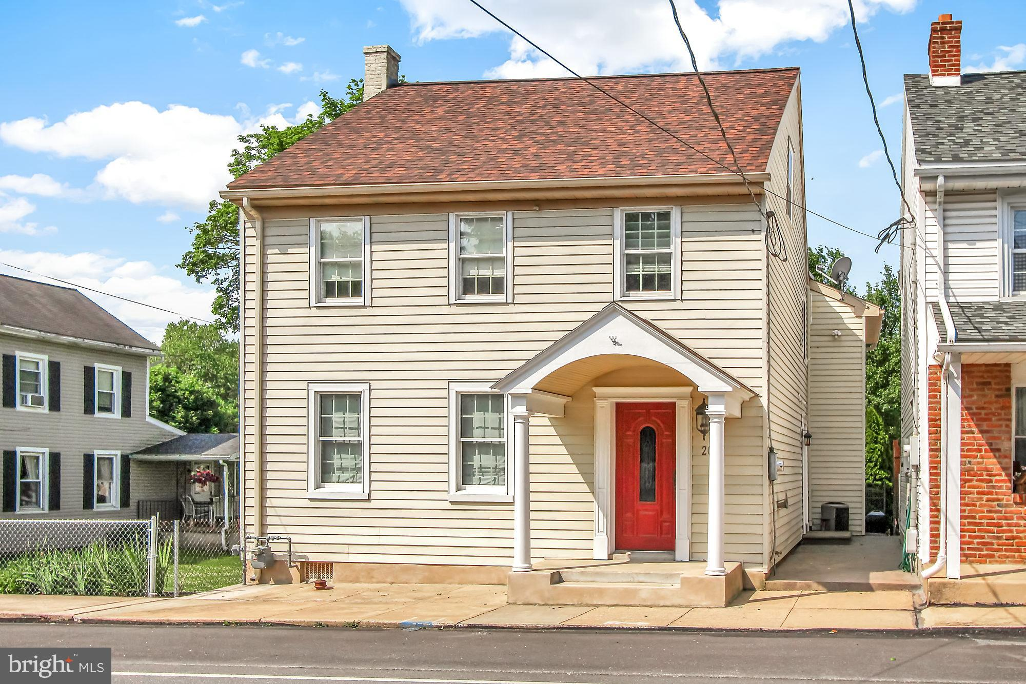 20 N RIVER STREET, MAYTOWN, PA 17550