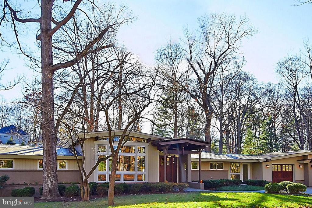 $205,000 Major Price Adjustment!!! Priced to sell!!! Amazing location in the heart of McLean!!! Renovated by award winning architect Seth Ballard - 6BRs 5 Full Baths and 2 Half-Bath, 3-Car Garage, a theater,a full bar & a massive deck fit for entertaining on 3/4 of an acre.