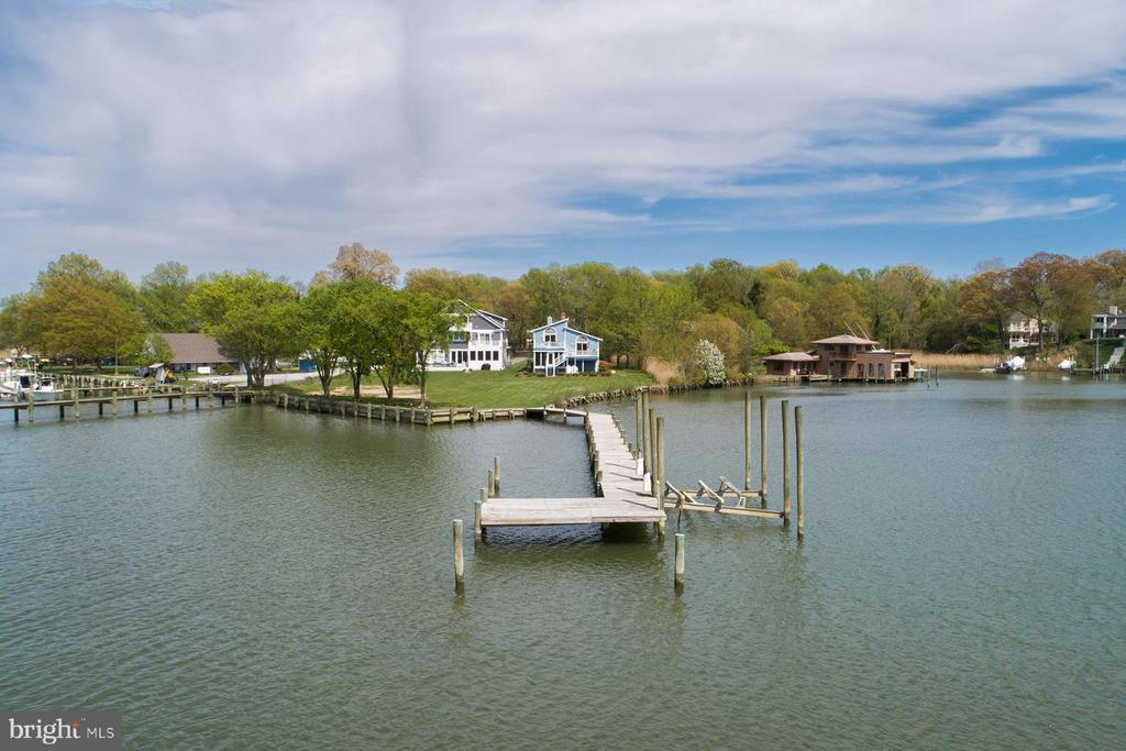 Maryland Waterfront Homes For Sale 21409 Rosati Realty