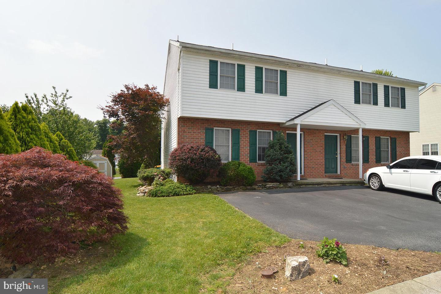 Photo of 117 Bainbridge Circle, Reading PA