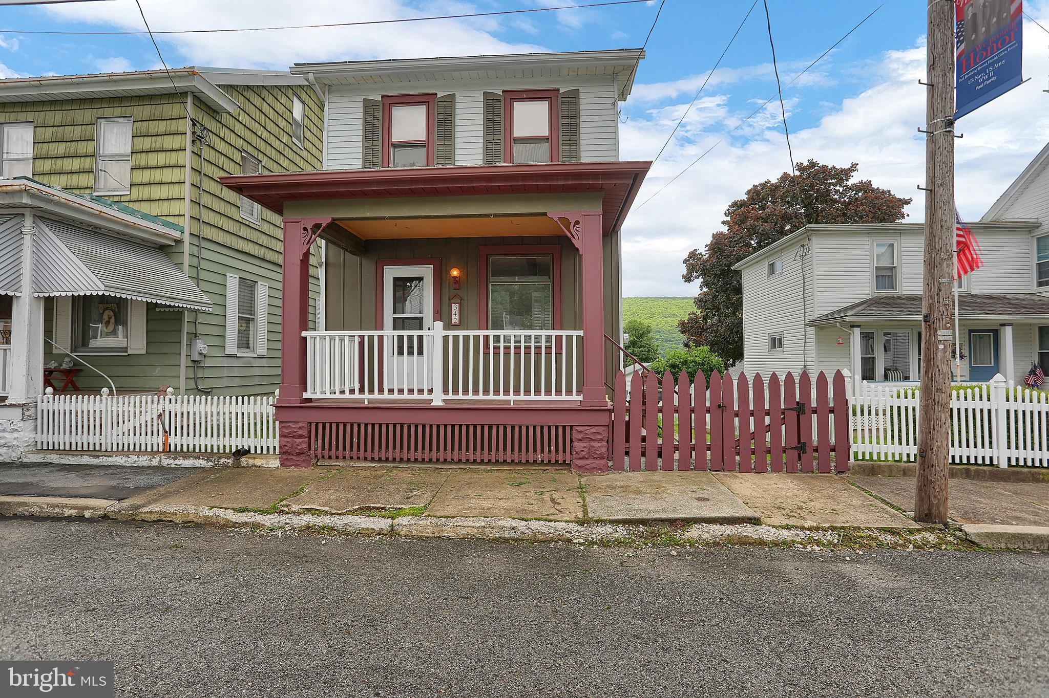 342 ELIZABETH STREET, WILLIAMSTOWN, PA 17098