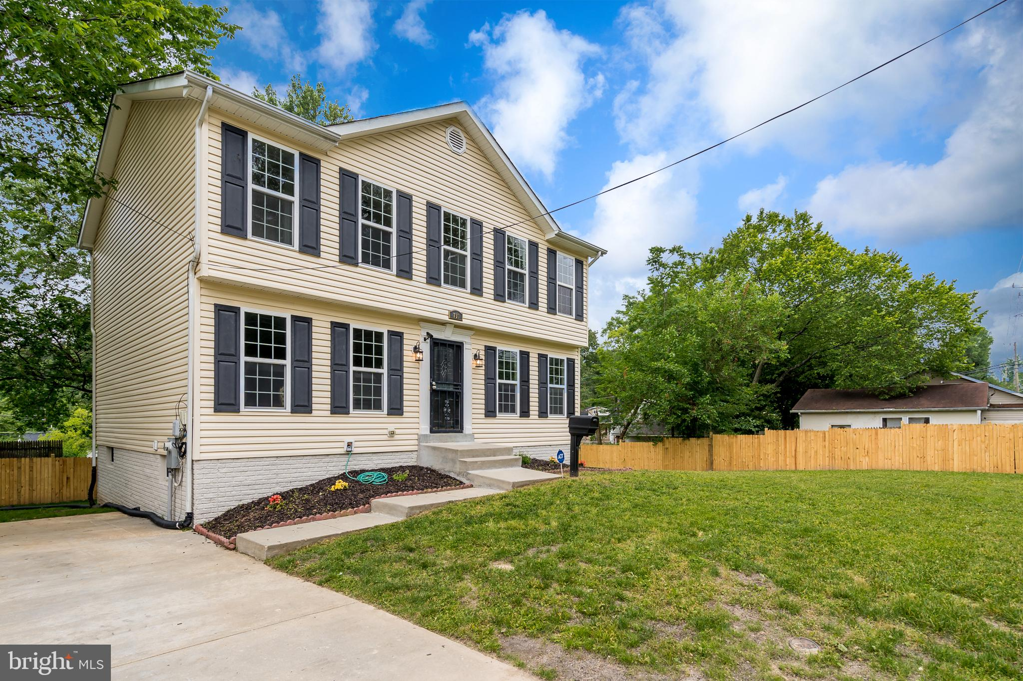 736 LARCHMONT AVENUE, CAPITOL HEIGHTS, MD 20743
