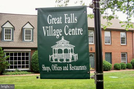 752 Walker Rd #d Great Falls VA 22066