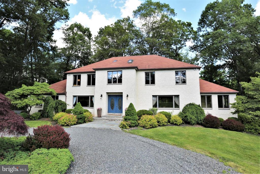 67 BALLANTINE ROAD, BERNARDSVILLE, NJ 07924