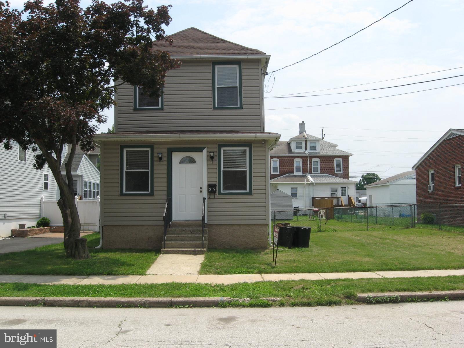 215 SENECA STREET, ESSINGTON, PA 19029