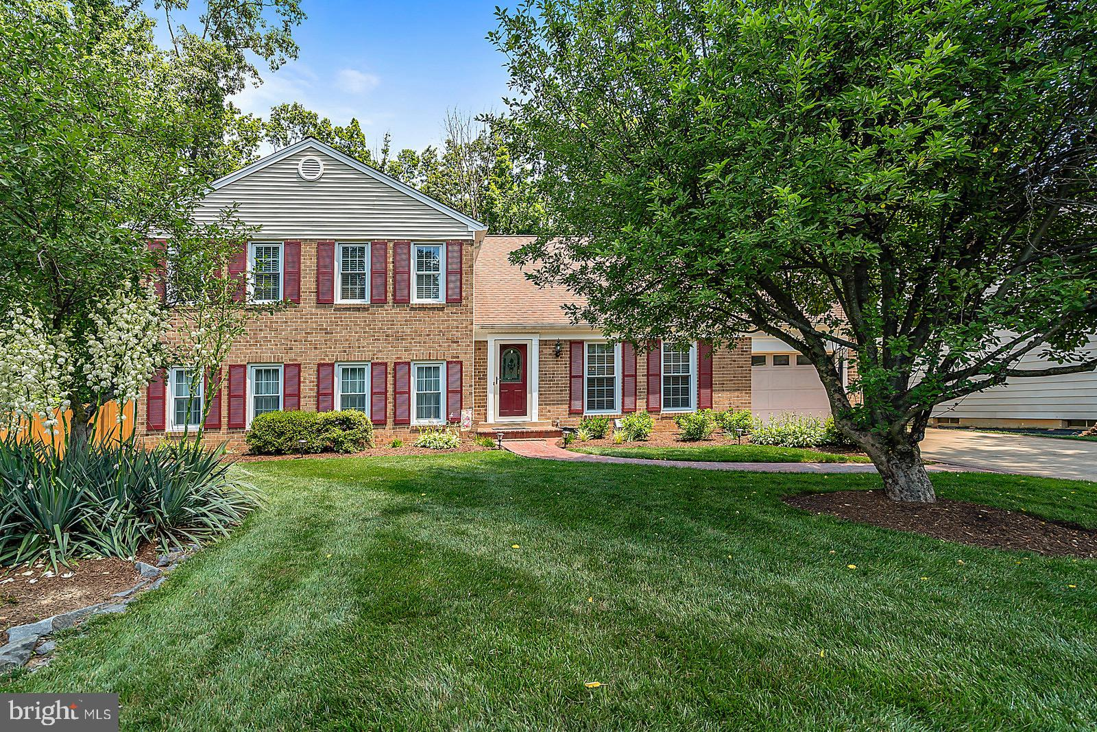 8804 SIDE SADDLE ROAD, SPRINGFIELD, VA 22152