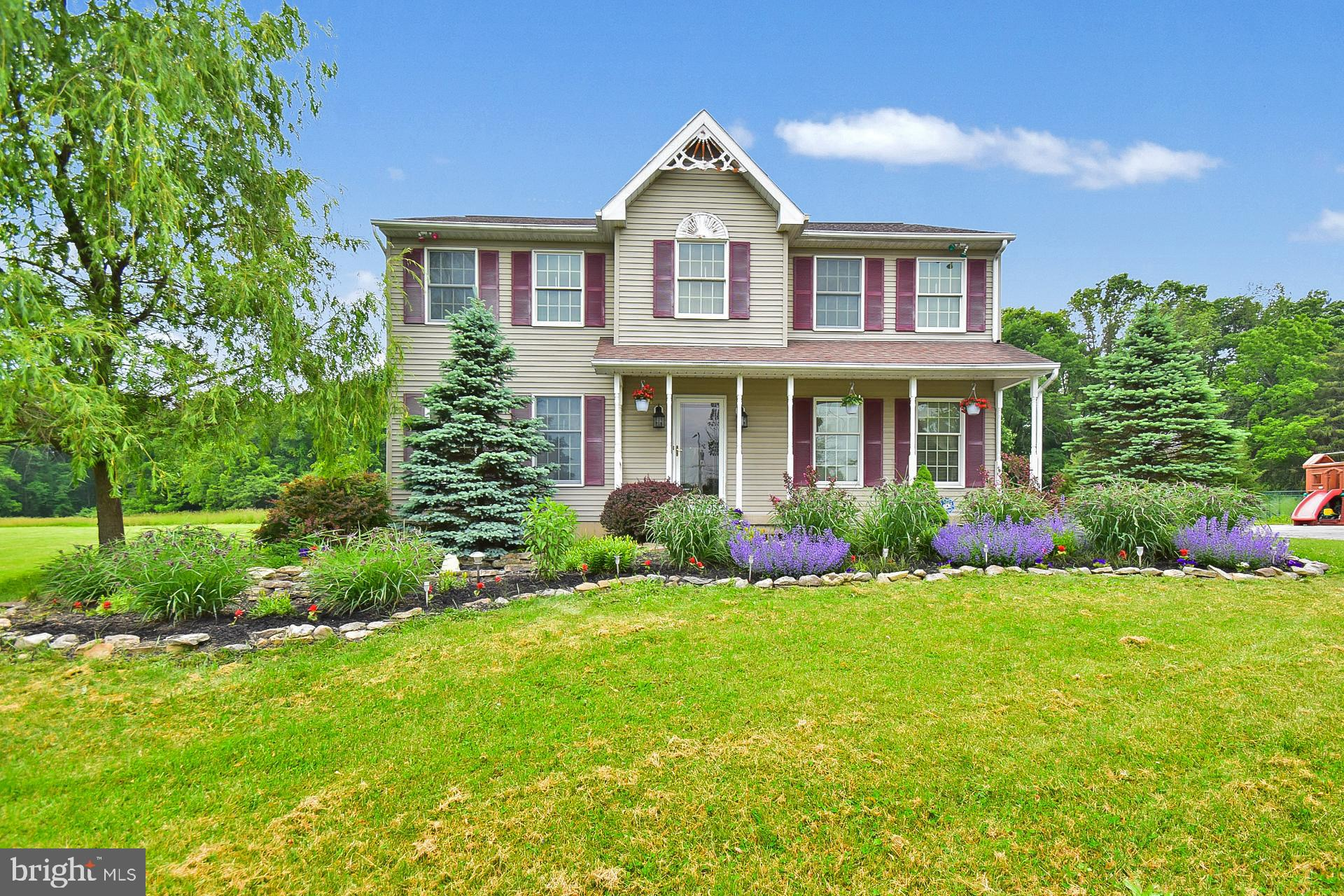 241 E MOORESTOWN ROAD, WIND GAP, PA 18091