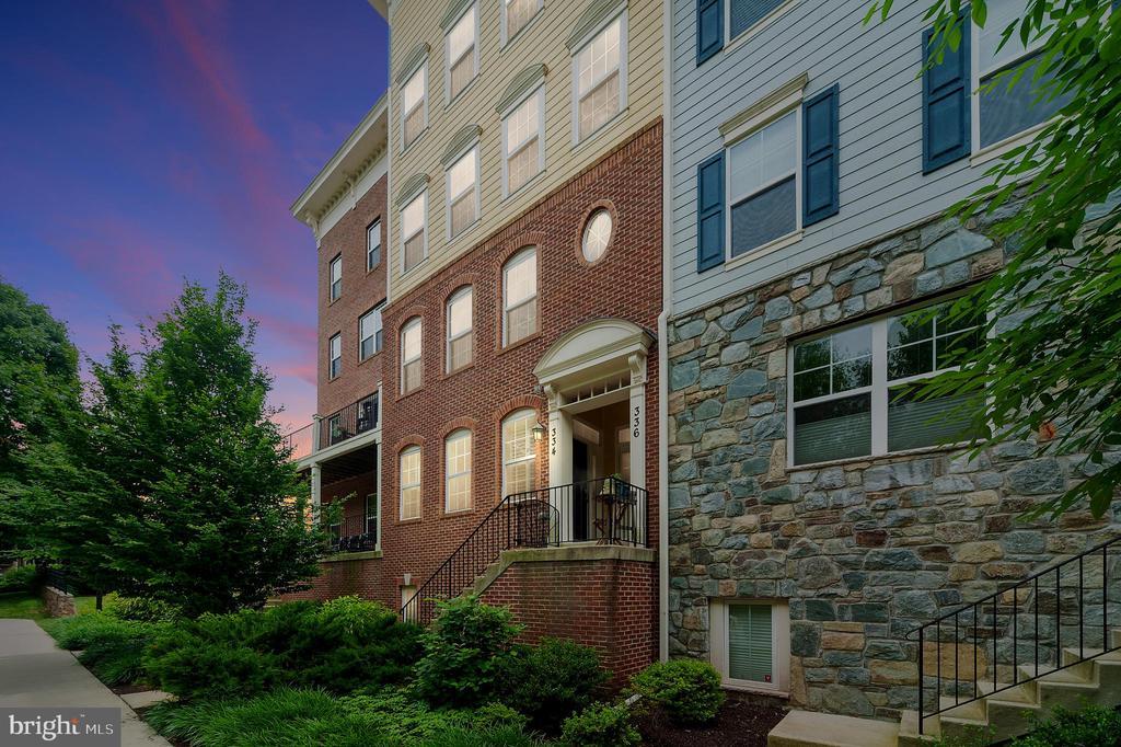 334  PARK AVENUE  15, Gaithersburg, Maryland