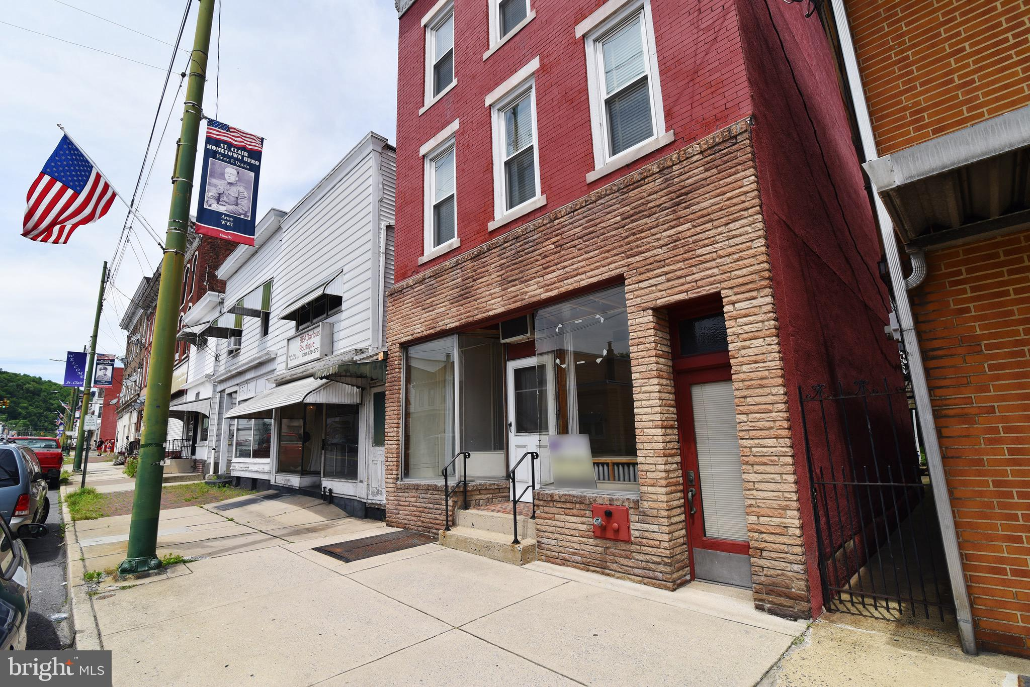 27 S 2ND STREET, SAINT CLAIR, PA 17970