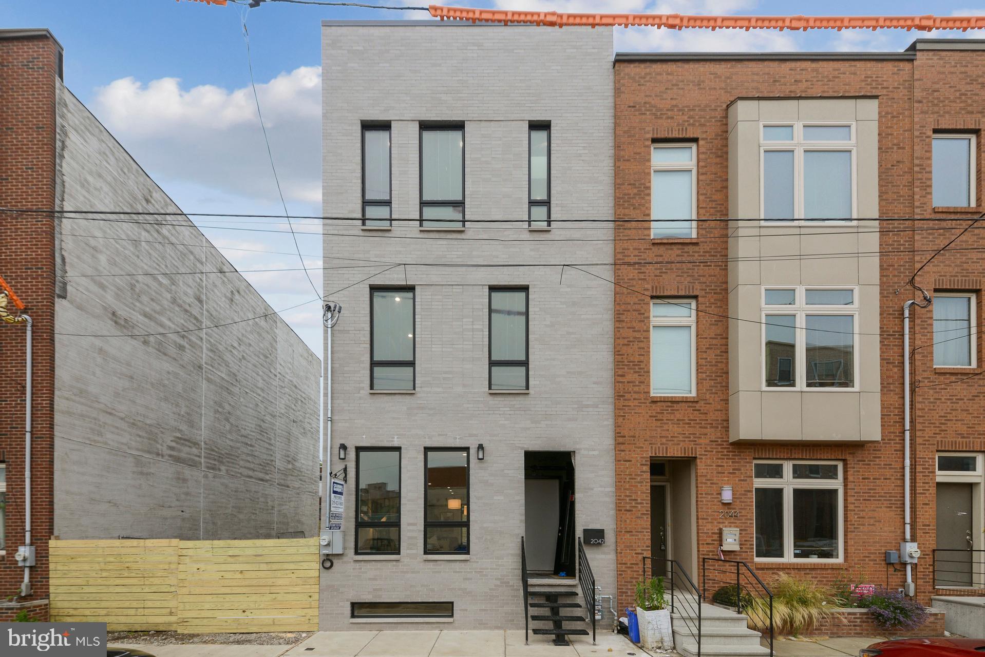 2042 TRENTON Ave, Philadelphia, PA, 19125