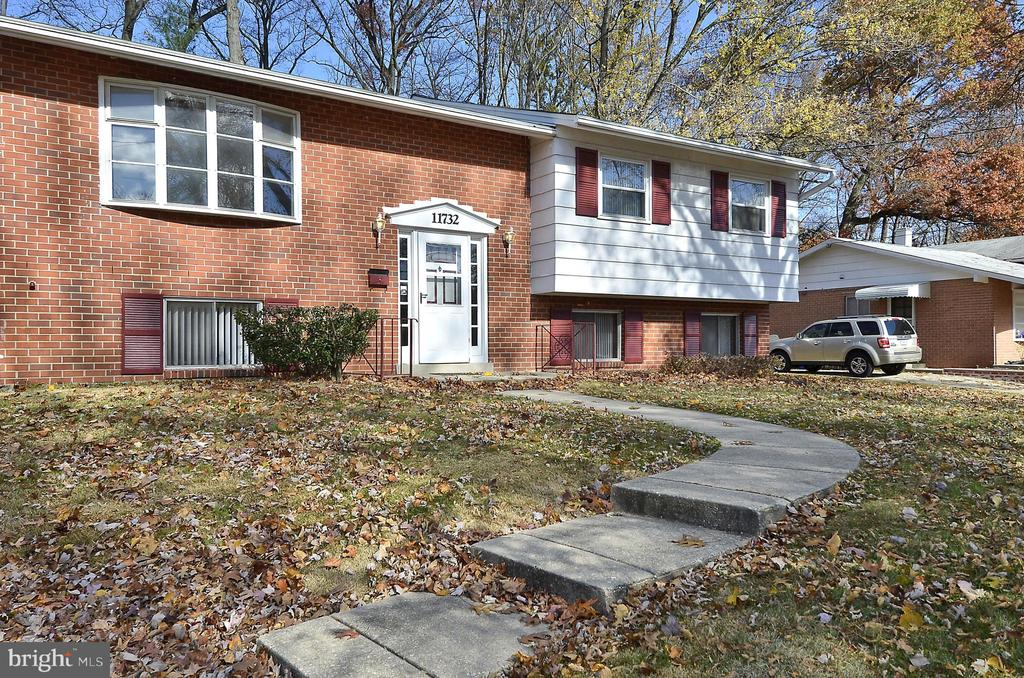 11732 Lovejoy St, Silver Spring, MD 20902