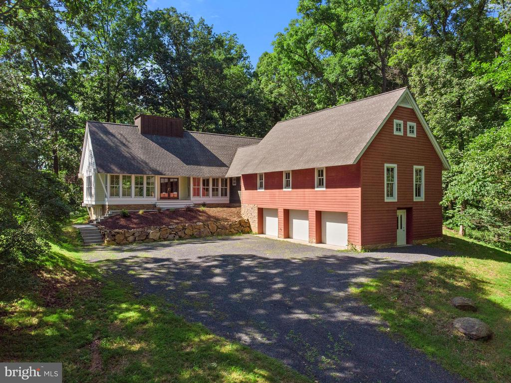 9582  CARR LANE, Delaplane, Virginia