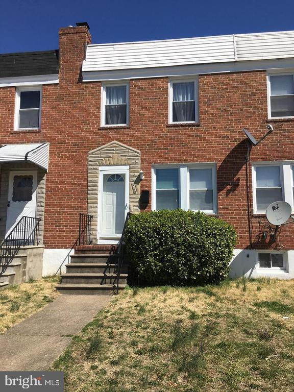 Freshly rehabbed and well maintained unit available immediately and rent with option possible.  3 Bedrooms/2 baths with central air.  We will consider vouchers with deposit.