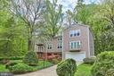 6515 Lakeview Dr