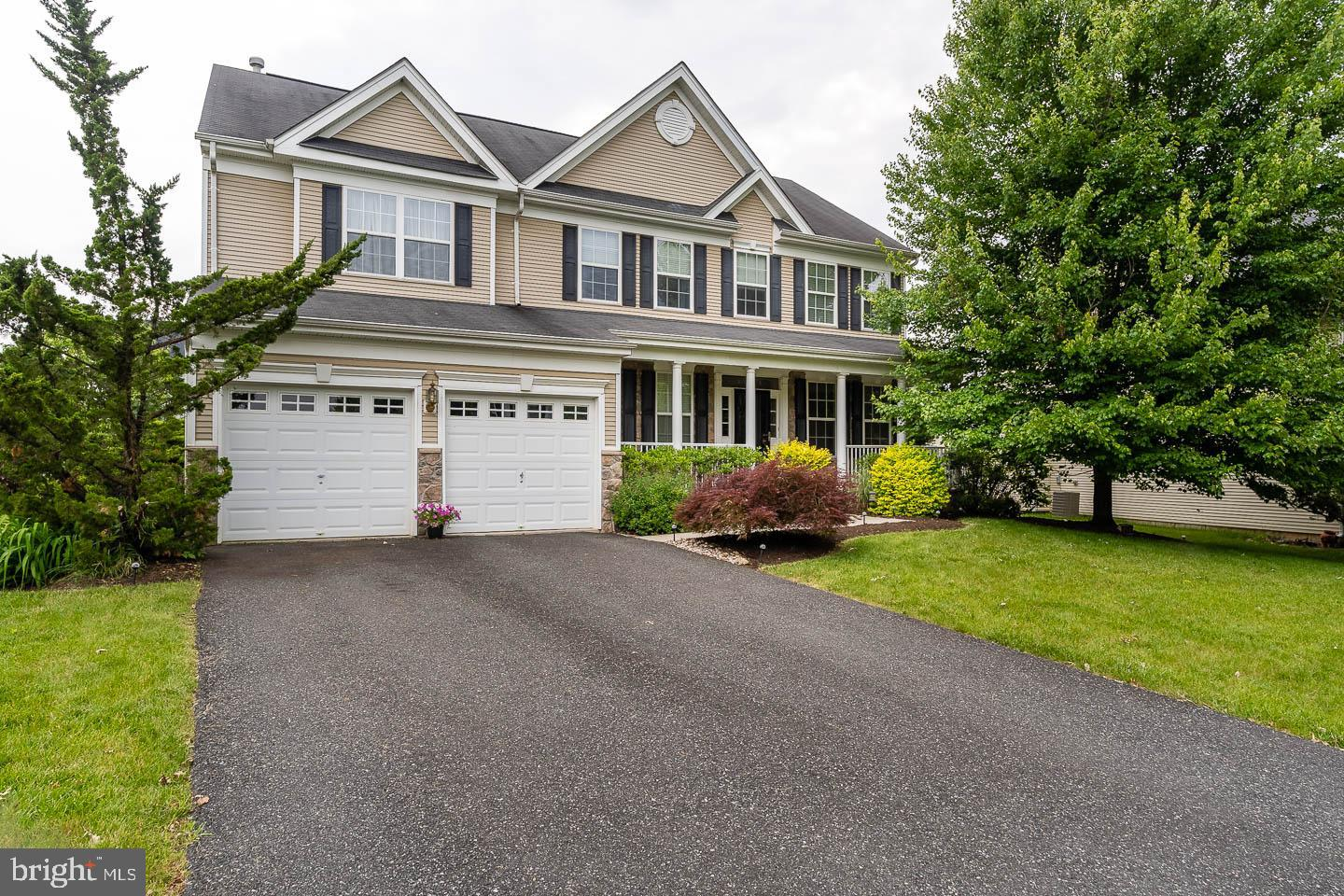 3490 CHESTER DRIVE, MACUNGIE, PA 18062