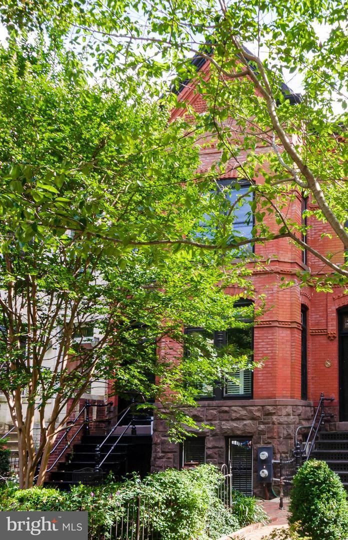 1009 Massachusetts Ave Ne Washington DC 20002