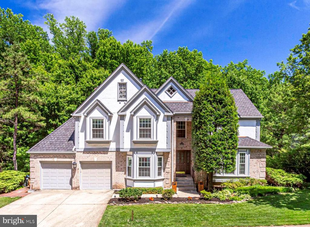 9418  WOODED GLEN AVENUE, Burke, Virginia