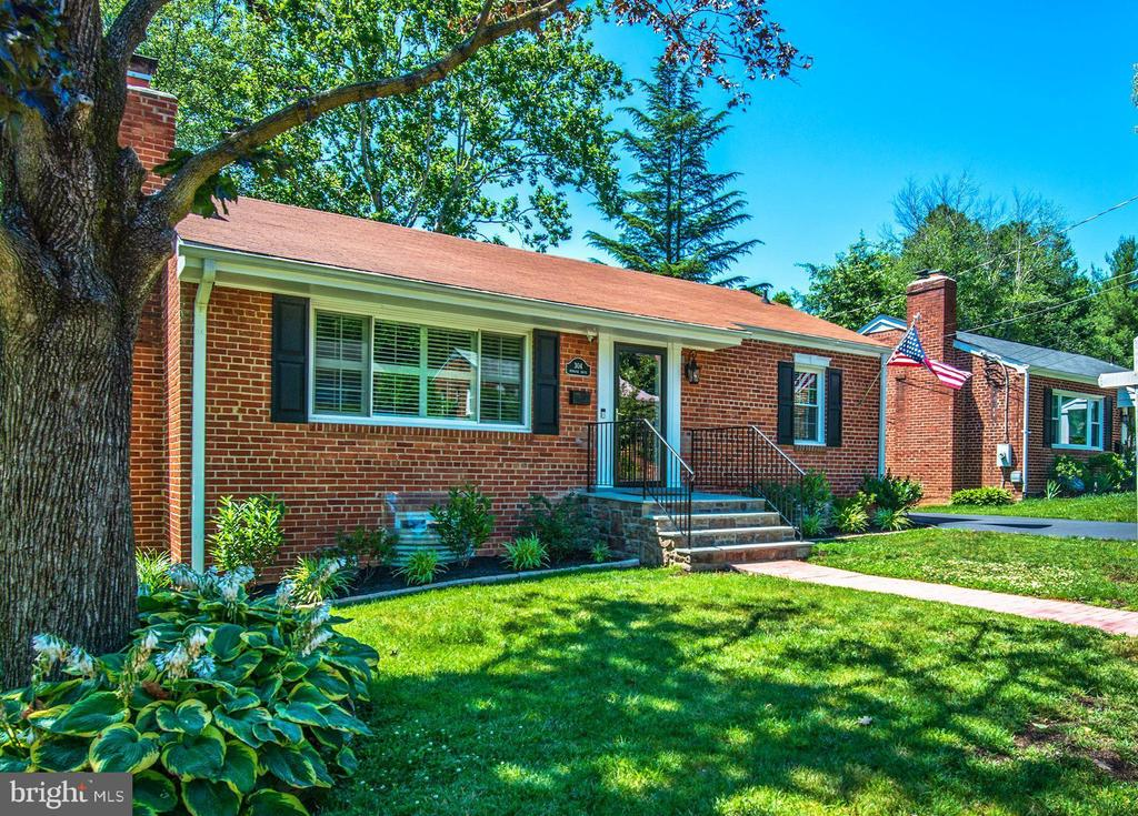 Wonderfully renovated home is located on a quiet cul-de-sac just a short stroll to King St Metro and Old Town Alexandria. Tucked behind the Masonic Temple this meticulously maintained home is move in ready. The main level features a living room with cozy, fully functioning wood burning fireplace, separate dining room, and updated kitchen with granite counters, stainless steel appliances and tons of storage. Two well-proportioned bedrooms with ceiling fans and renovated full bath round out the main level. Owners use the lower level as a fabulous Master Suite with a stunning walk-in, customized closet. Lower level includes a beautiful bathroom with walk in shower and separate laundry/utility room with space for storage. The lower level walks out to a private, fully fenced backyard with a great party deck for outdoor entertaining and relaxing. New windows throughout with plantation shutters in living and dining room. Decorator paint colors throughout. Gleaming hardwood flooring on main level. Great storage in floored attic and outdoor shed. Newer roof and systems. Brand new flagstone front steps with railings. Newly added driveway for off street parking.