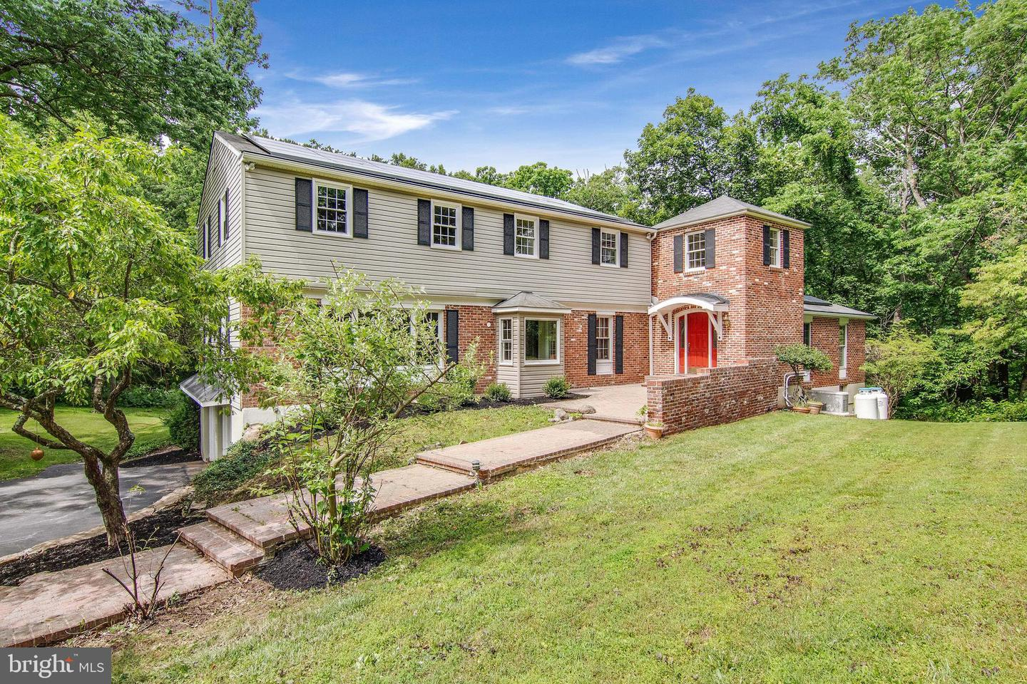 4 Ashbrooke Rd Road Newtown Square, PA 19073