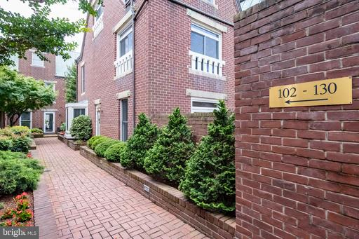 Photo of 120 N Union St #120