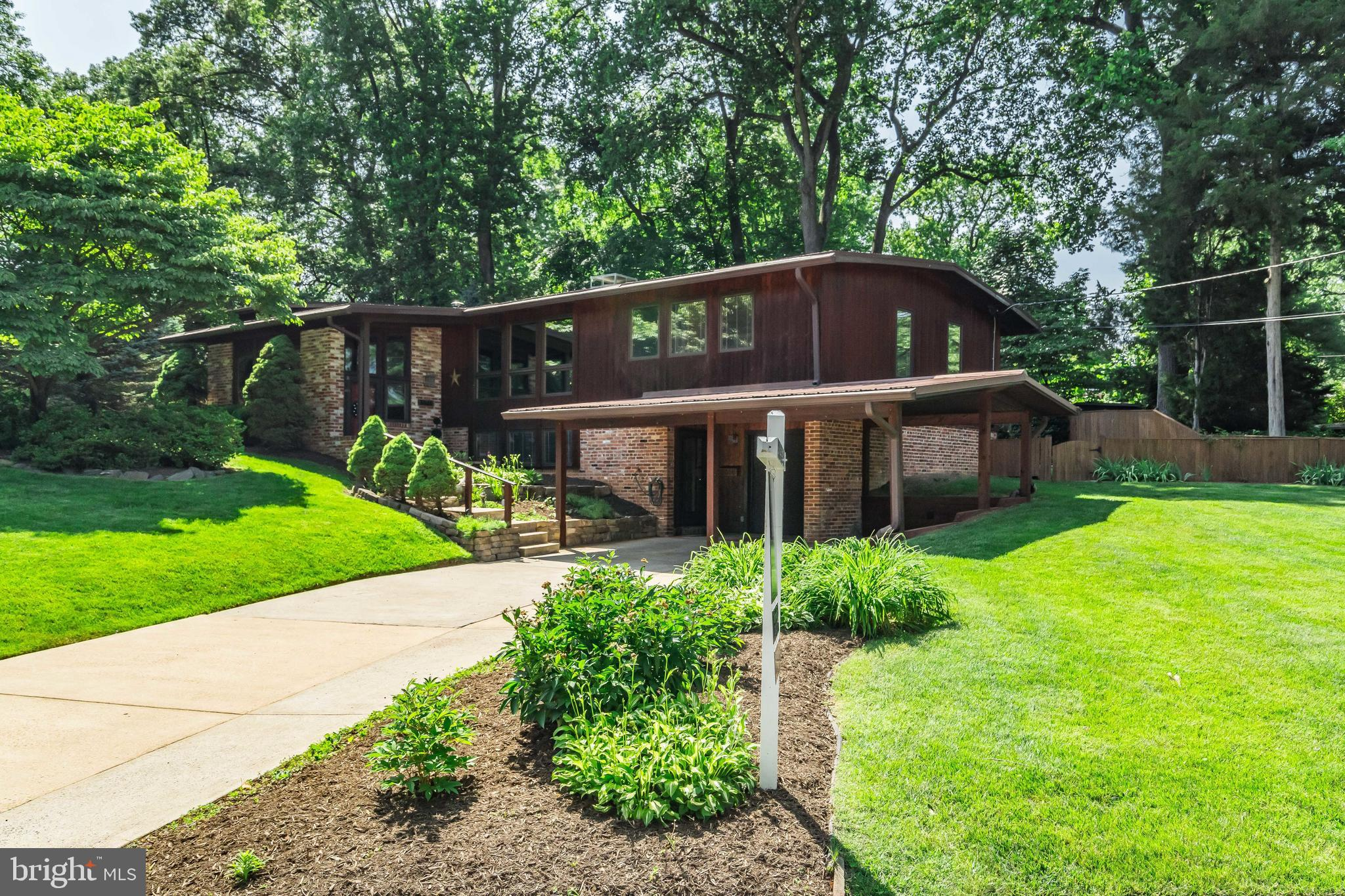 3018 PINE SPRING ROAD, FALLS CHURCH, VA 22042