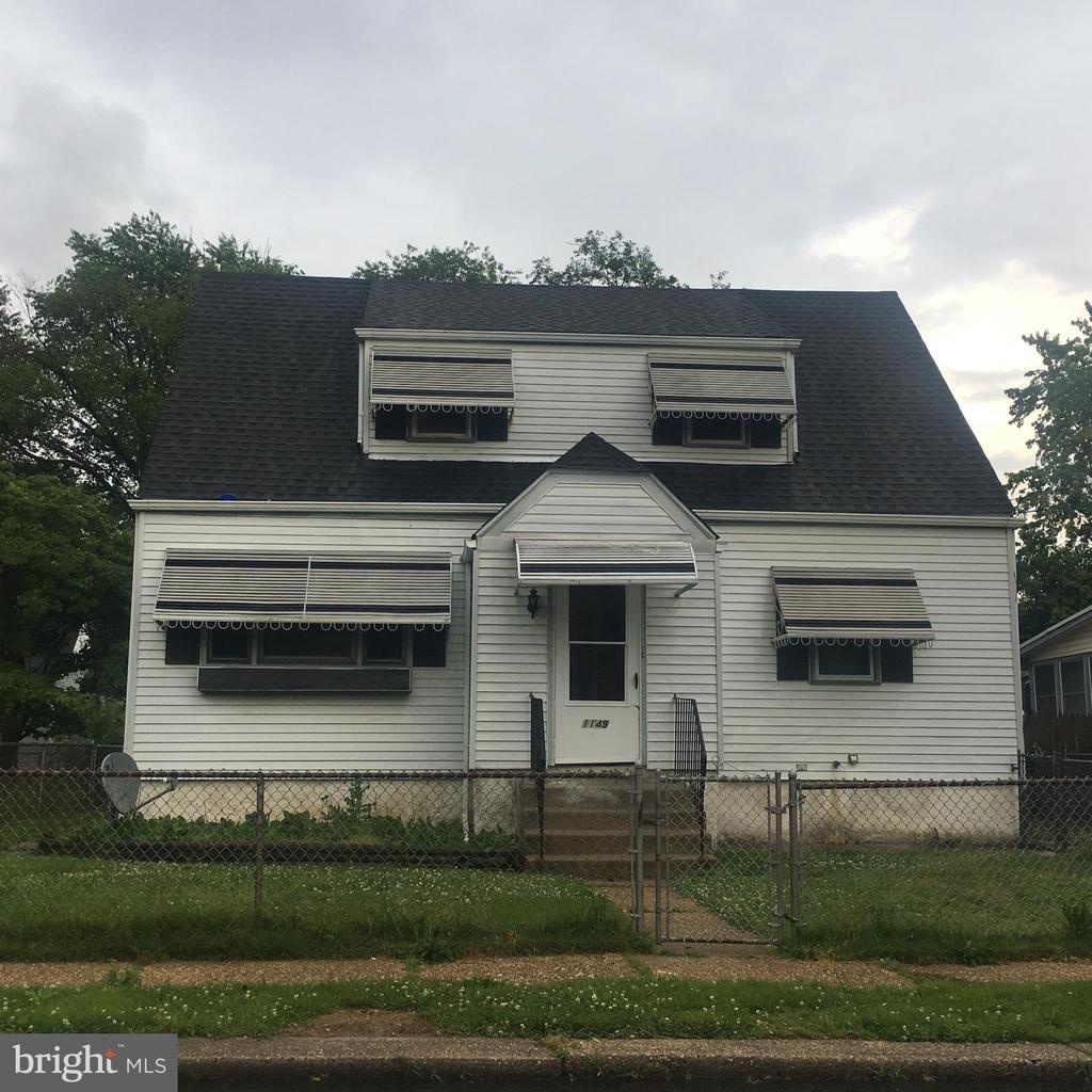 1149 MADISON AVENUE, BELLMAWR, NJ 08031