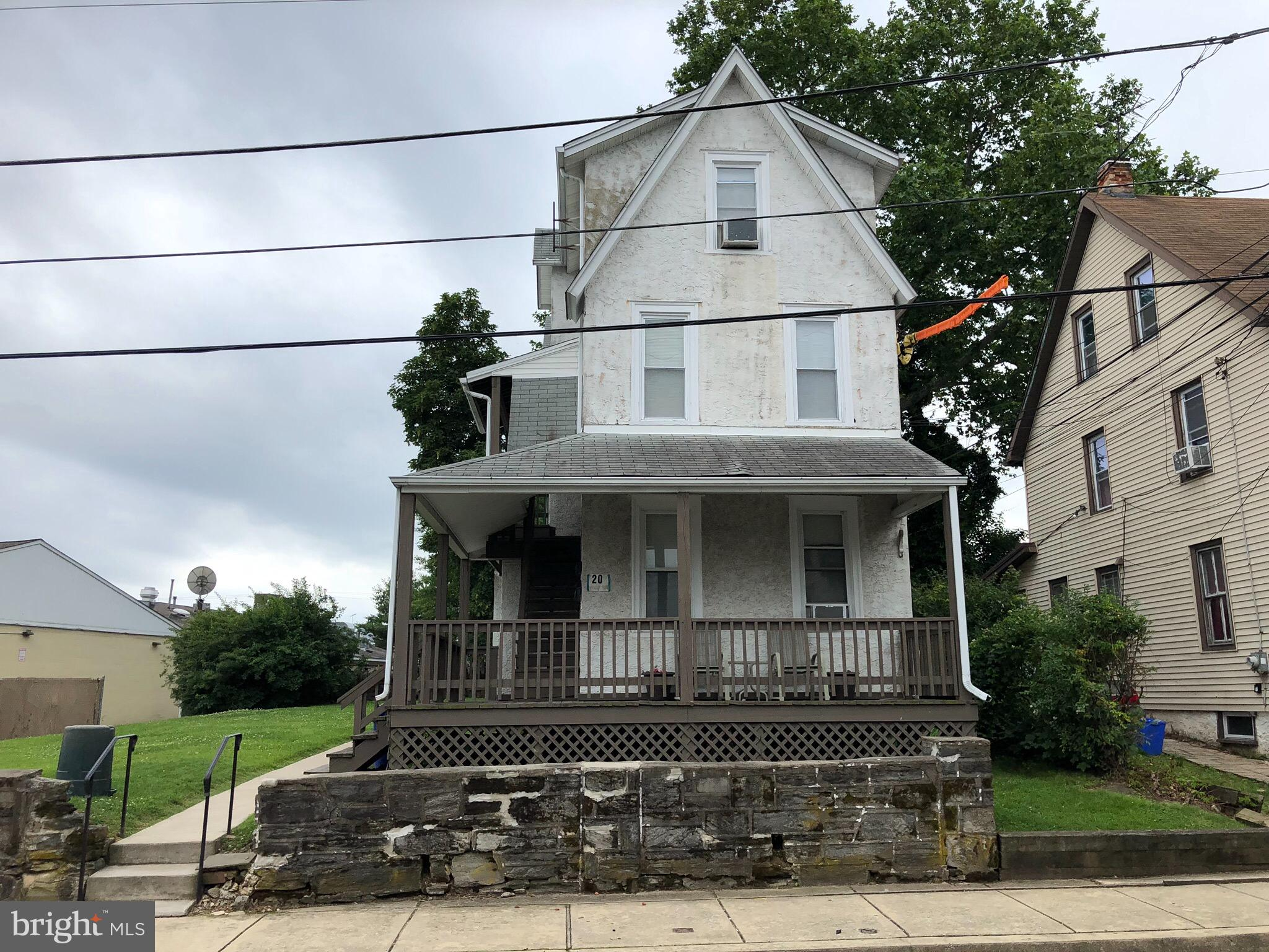 20 MAPLE TERRACE, CLIFTON HEIGHTS, PA 19018