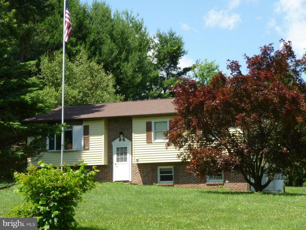 O&J Roberts schools BiLevel home on over an acre on a private lane.If you are looking for a home in a private setting, look no further. This 3 bedroom 1 &1/2 bath 3 /4 bedroom home is looking for new owners. Private deck in the back where you can watch your garden grow and the deer eat your garden. Interior offers a Large eat in kitchen Living room with a big window with a great view, 3 bedrooms and a finished room on the lower level that can be anything you would like it to be.This home also has an oversized 2 car garage with side entrance and a shed. Get in while you can.