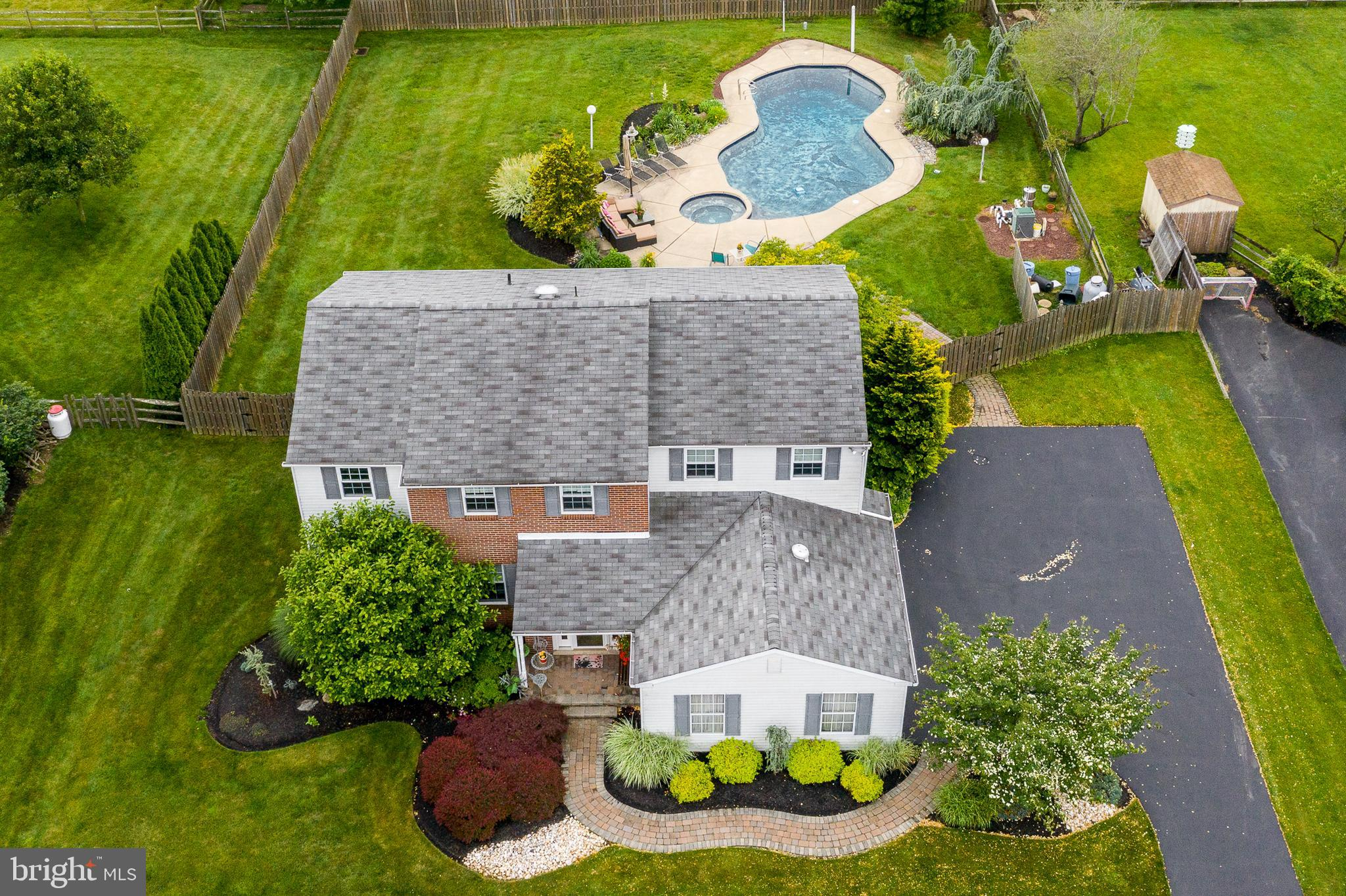 11 E RIDGE CIRCLE, UPPER HOLLAND, PA 19053