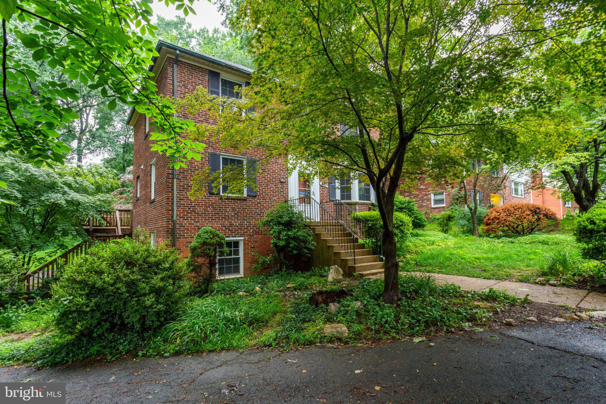 6607 LOCUST STREET, FALLS CHURCH, VA 22046