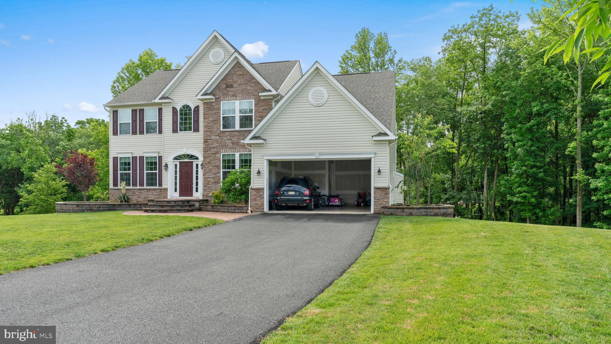 7 STASI COURT, OLD BRIDGE, NJ 08857