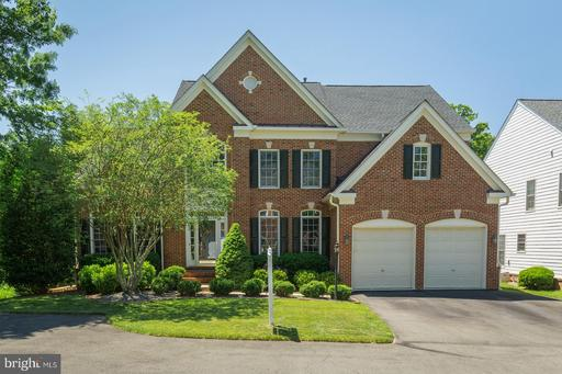 4524 Mosser Mill Ct, Woodbridge, VA 22192