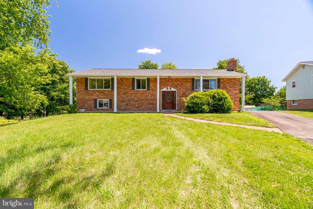 6009  WALHAVEN DRIVE 22310 - One of Alexandria Homes for Sale