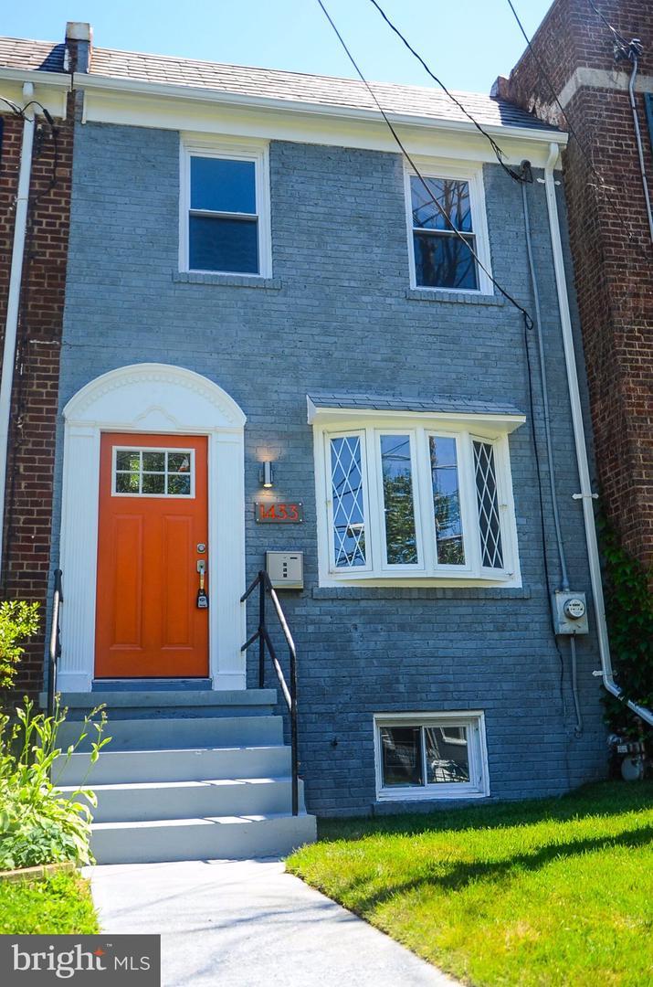 1433 Bangor St Se Washington DC 20020