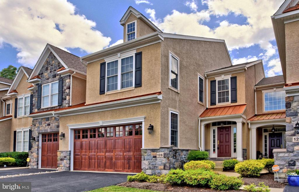 Astounding 128 Carriage Court Plymouth Meeting Pa 19462 Lafayette Home Interior And Landscaping Fragforummapetitesourisinfo