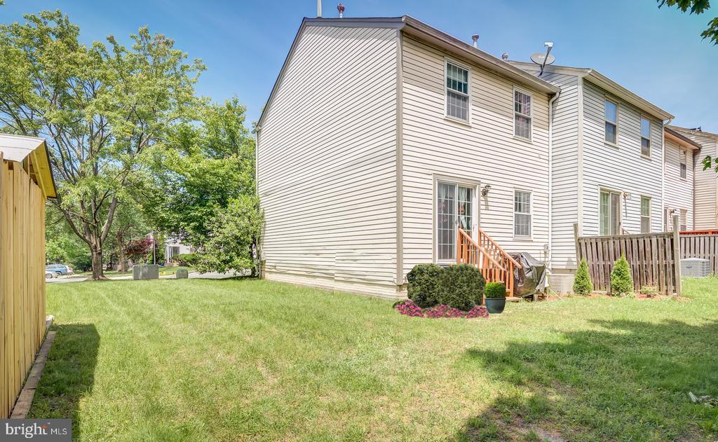 8438  MEADOW GREEN WAY, Gaithersburg, Maryland