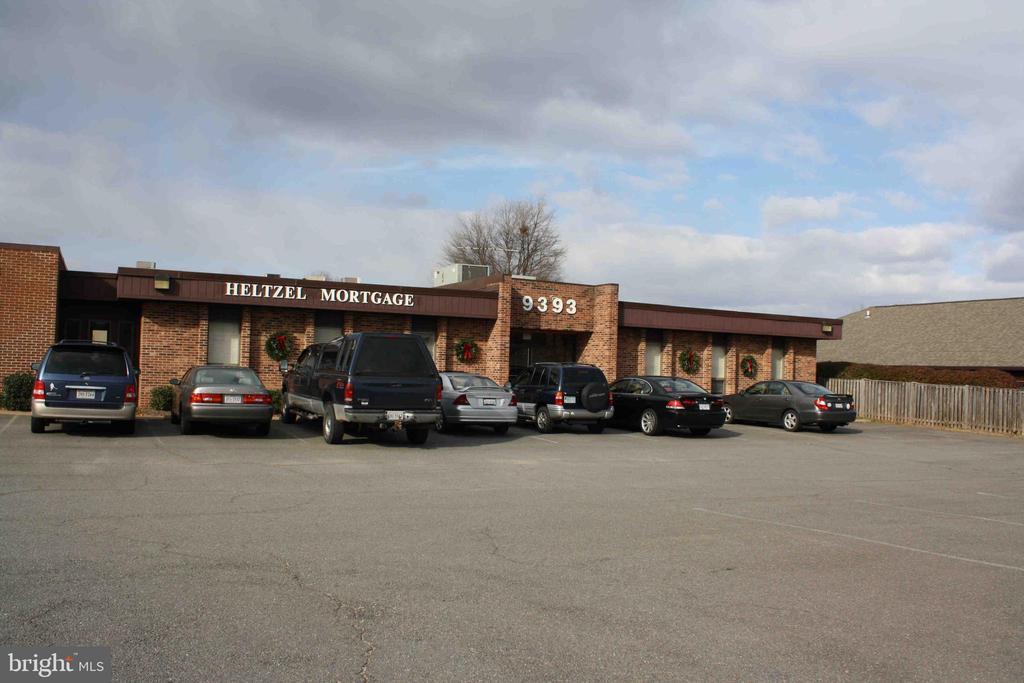 9393 FORESTWOOD LANE, MANASSAS, VA 20110