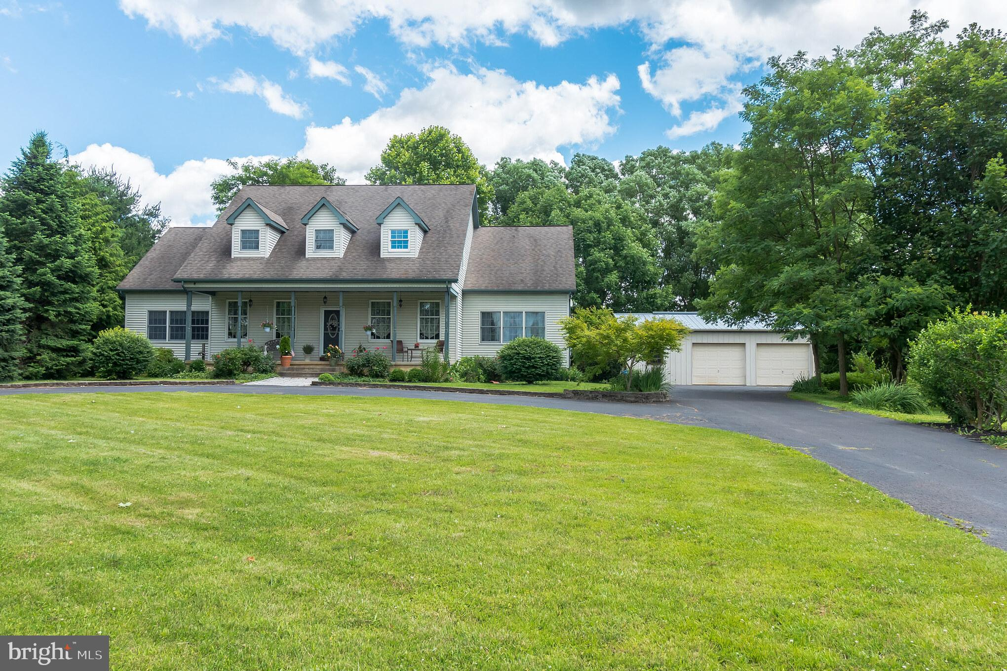 1039 OXMEAD ROAD, MOUNT HOLLY, NJ 08060