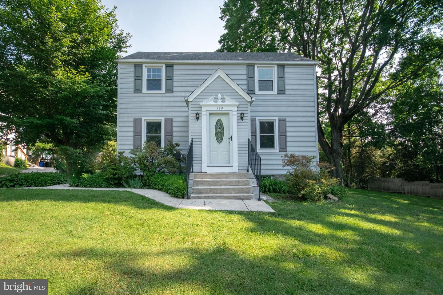 126 Morningside Circle Wayne, PA 19087