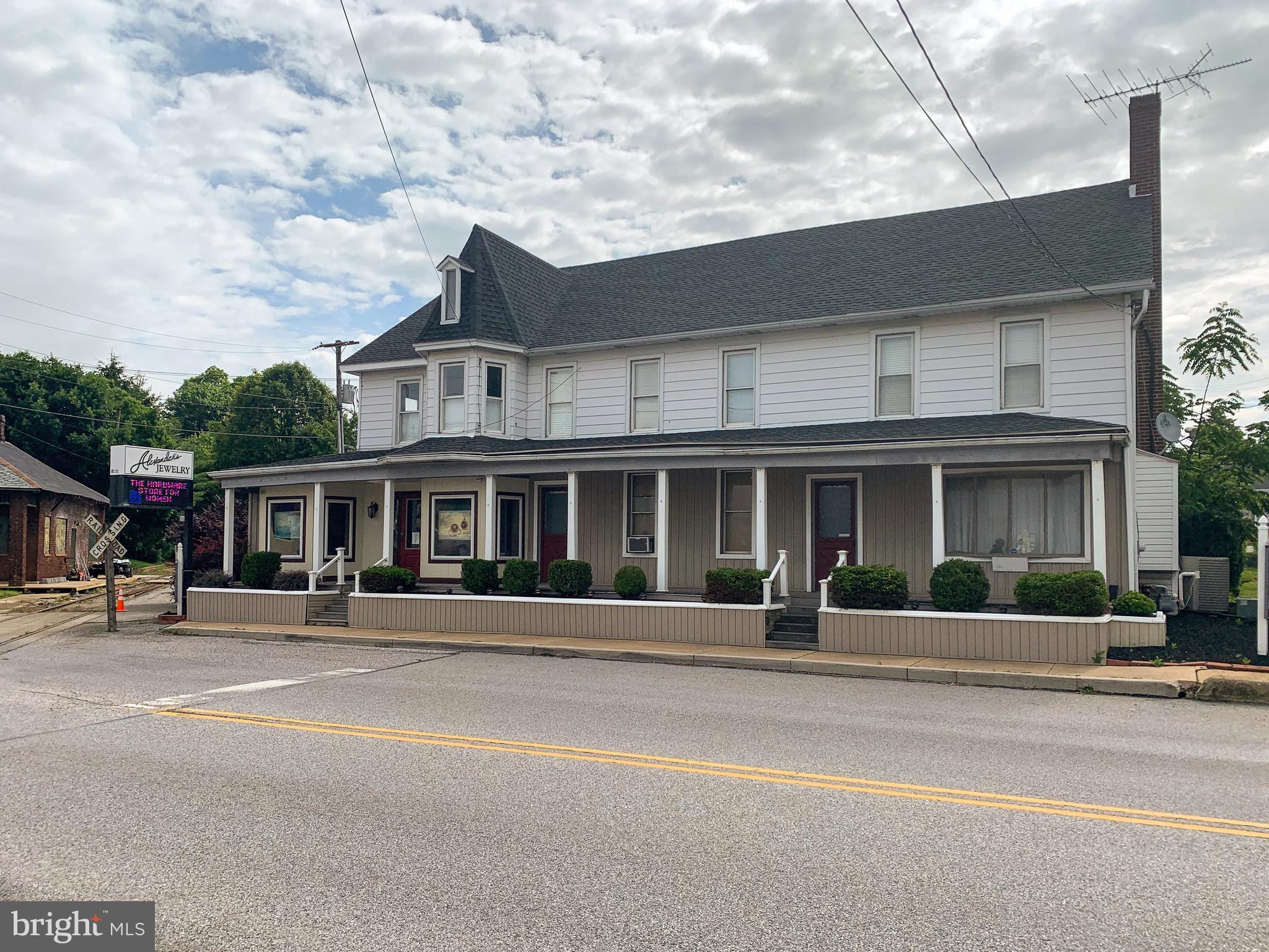 431-435 S MAIN STREET, SHREWSBURY, PA 17361