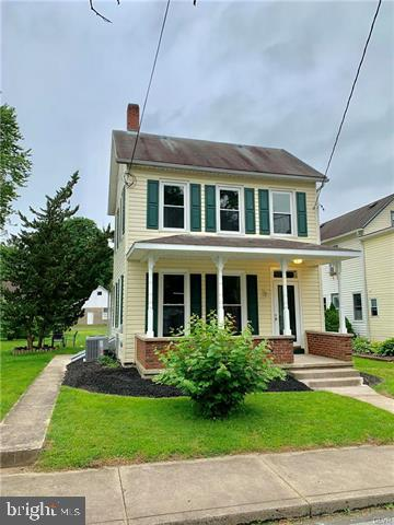 136 SPRUCE ROAD, RIEGELSVILLE, PA 18077