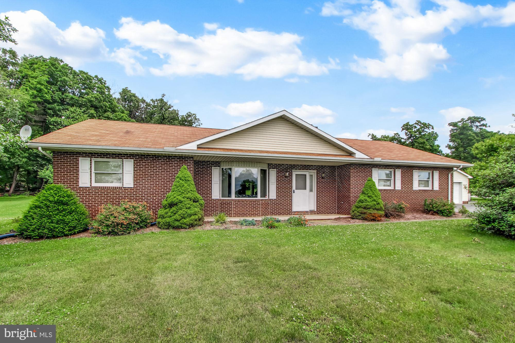 30 EDITH DRIVE, WINDSOR, PA 17366