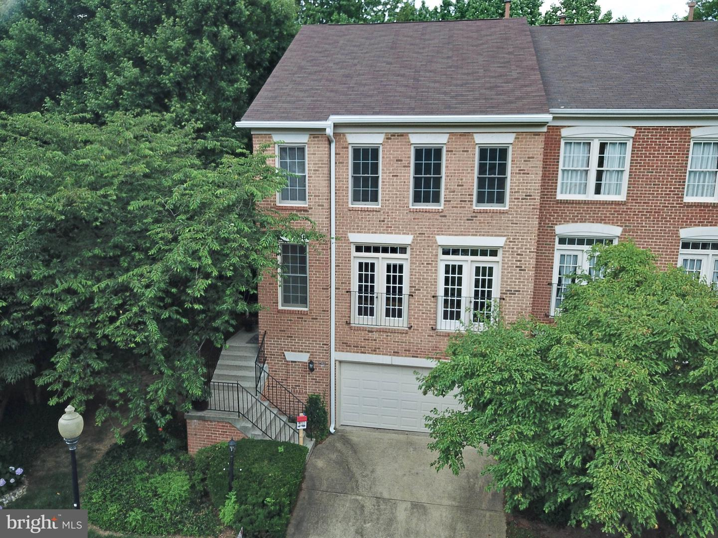 11426 Summer House Reston, VA