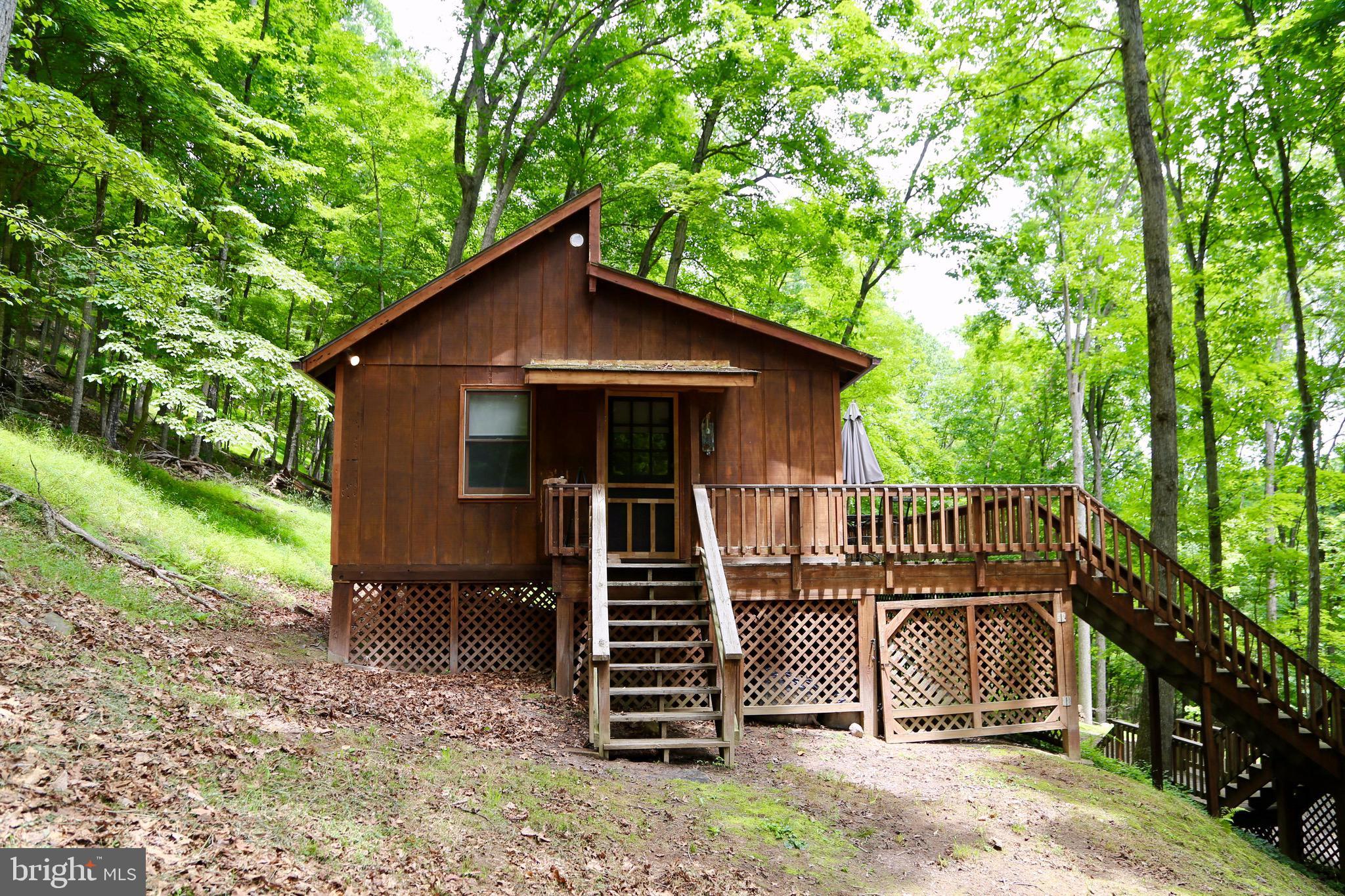 1263 Warden Lake Ab, Wardensville, WV 26851